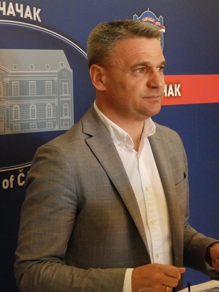 Čačak 03 - Gradonačelnik Milun Todorović