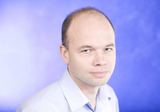 Jędrzej Bielecki, dziennikarz działu życie gospodarcze świat