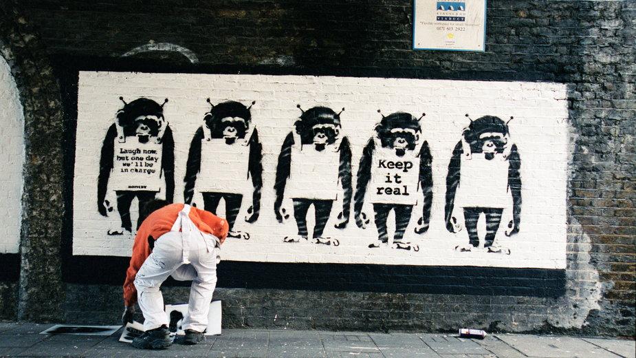 """""""Banksy Captured"""" - Steve Lazarides, były asystent streetartowca, publikuje zdjęcia z artystycznych kuluarów"""