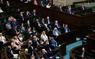 Ryzykowna gra o wyższe pensje parlamentarzystów