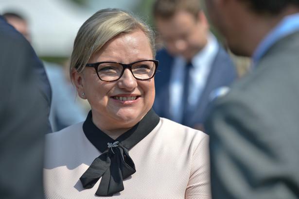 Szefowa kancelarii premier Beaty Szydło w poniedziałek wieczorem przyjechała do Zakopanego, gdzie uczestniczyła w koncercie zorganizowanym dla młodych pielgrzymów.
