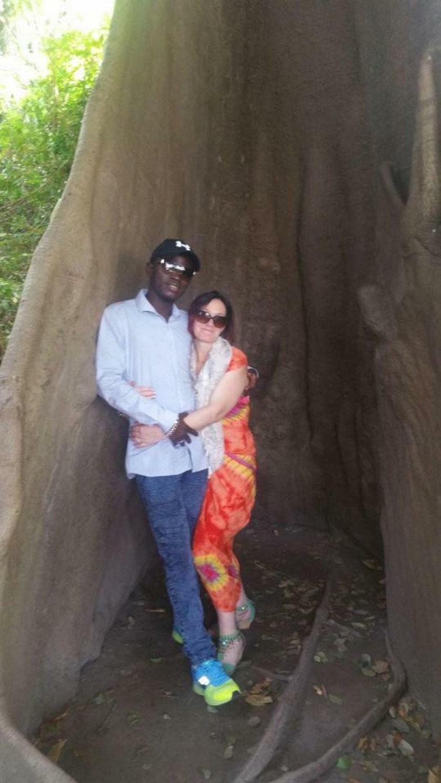 Matka 9 dzieci Heidi Hepworth rzuciła rodzinę pojechała za miłością do Gambii