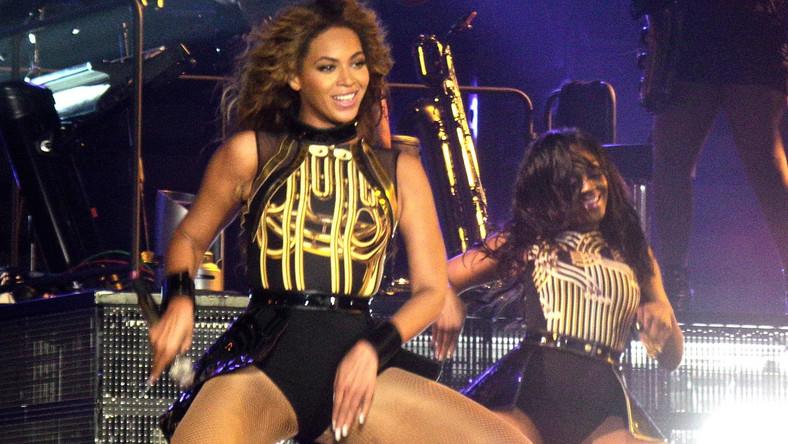 """Management Beyoncé potwierdził, że jej światowe tournee """"The Mrs Carter Show"""" dokumentować będzie wyselekcjonowany osobiście przez gwiazdę fotograf Frank Micelotta"""