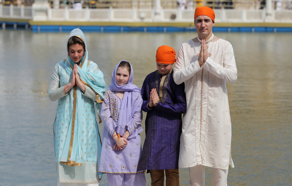 epa06548923 - INDIA CANADA DIPLOMACY (Canadian Prime Minister Justin Trudeau and family visit Amritsar)