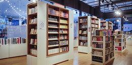 Polacy kupili w czasie pandemii więcej książek, ale księgarnie upadają