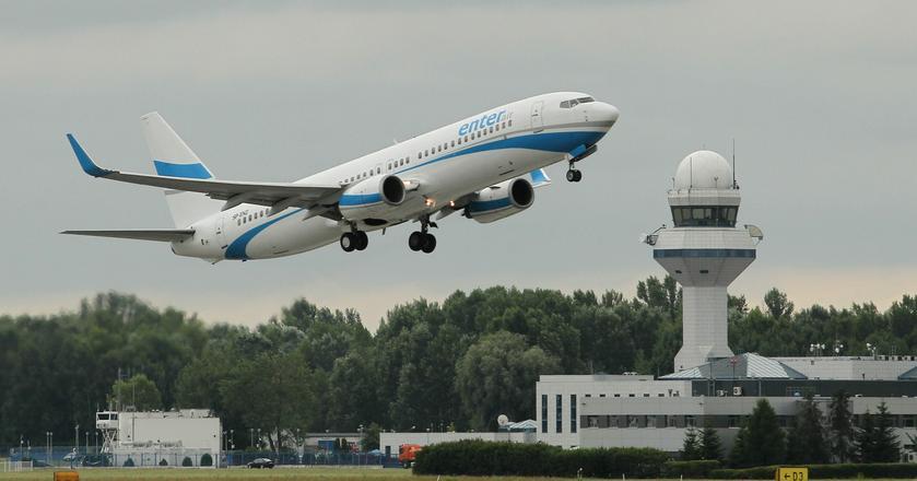 Enter Air jest największą czarterową linią lotniczą działającą w Polsce i jednocześnie największym prywatnym przewoźnikiem lotniczym w naszym kraju.