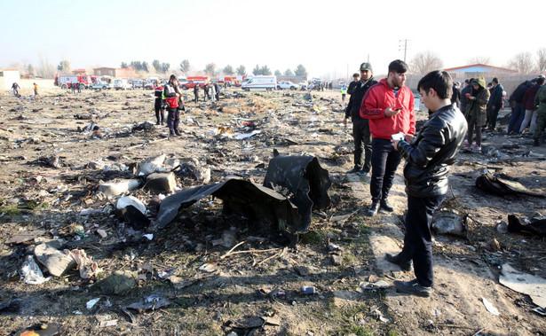 """Prezydent USA Donald Trump powiedział w czwartek, że """"ma złe przeczucie i podejrzenia"""" dotyczące katastrofy ukraińskiego boeinga, który rozbił się w pobliżu Teheranu. """"Ktoś mógł popełnić błąd"""" - dodał. Eksperci w USA oceniają, że samolot mógł zostać strącony."""