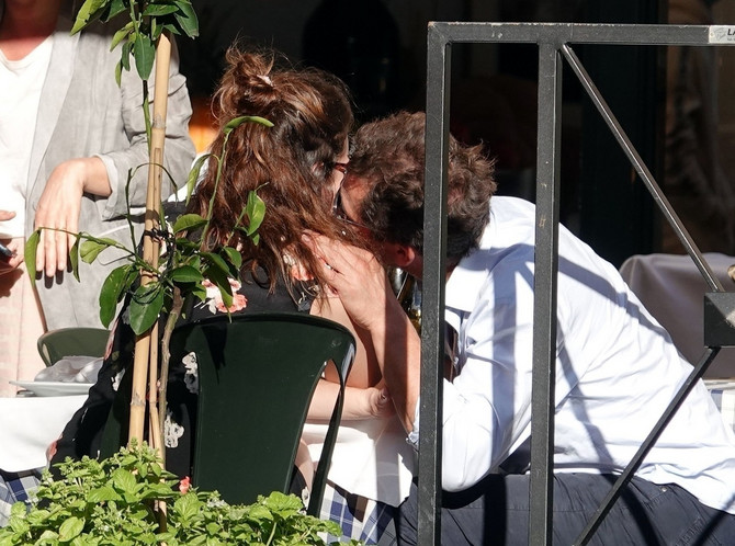 Lili Džejms i Dominik Vest u Rimu