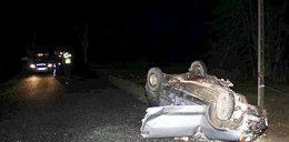 Tragedia na drodze. Młodzi ludzie walczą o życie. FOTO