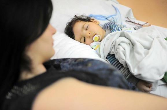 Beba Sava Đorđević iz Valjeva boluje od urođenog glaukoma
