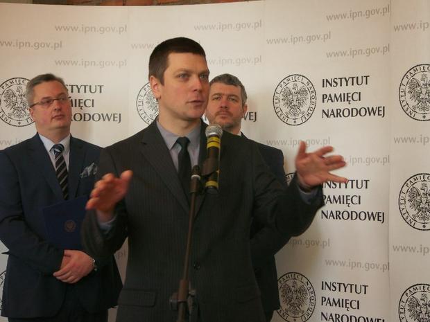 Karol Madaj podczas konferencji IPN, dotyczącej utworzenia nowoczesnego Centrum Naukowo-Edukacyjnego