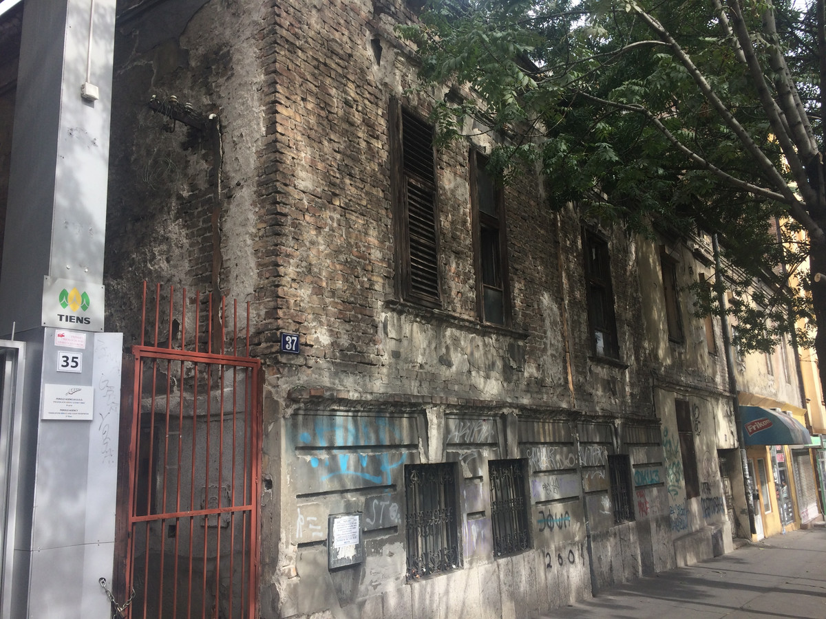 Srusili Spomenik Kulture Kucu Filipa Filipovica U Takovskoj 37