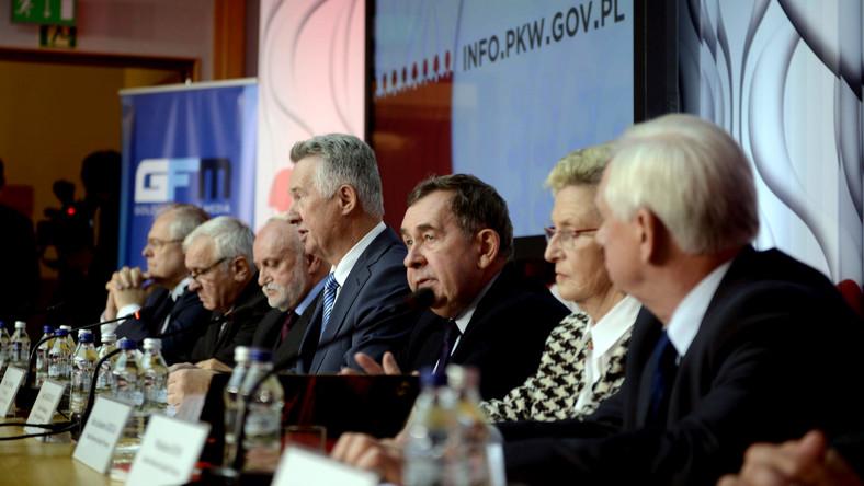 News dziennik.pl: Kolejny przetarg i możliwe kolejne problemy PKW z liczeniem głosów