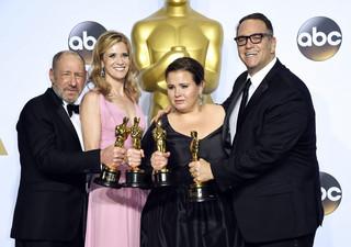 'Spotlight' z Oscarem dla najlepszego filmu. 'Papieżu Franciszku, nadszedł czas, aby chronić dzieci i przywrócić wiarę'