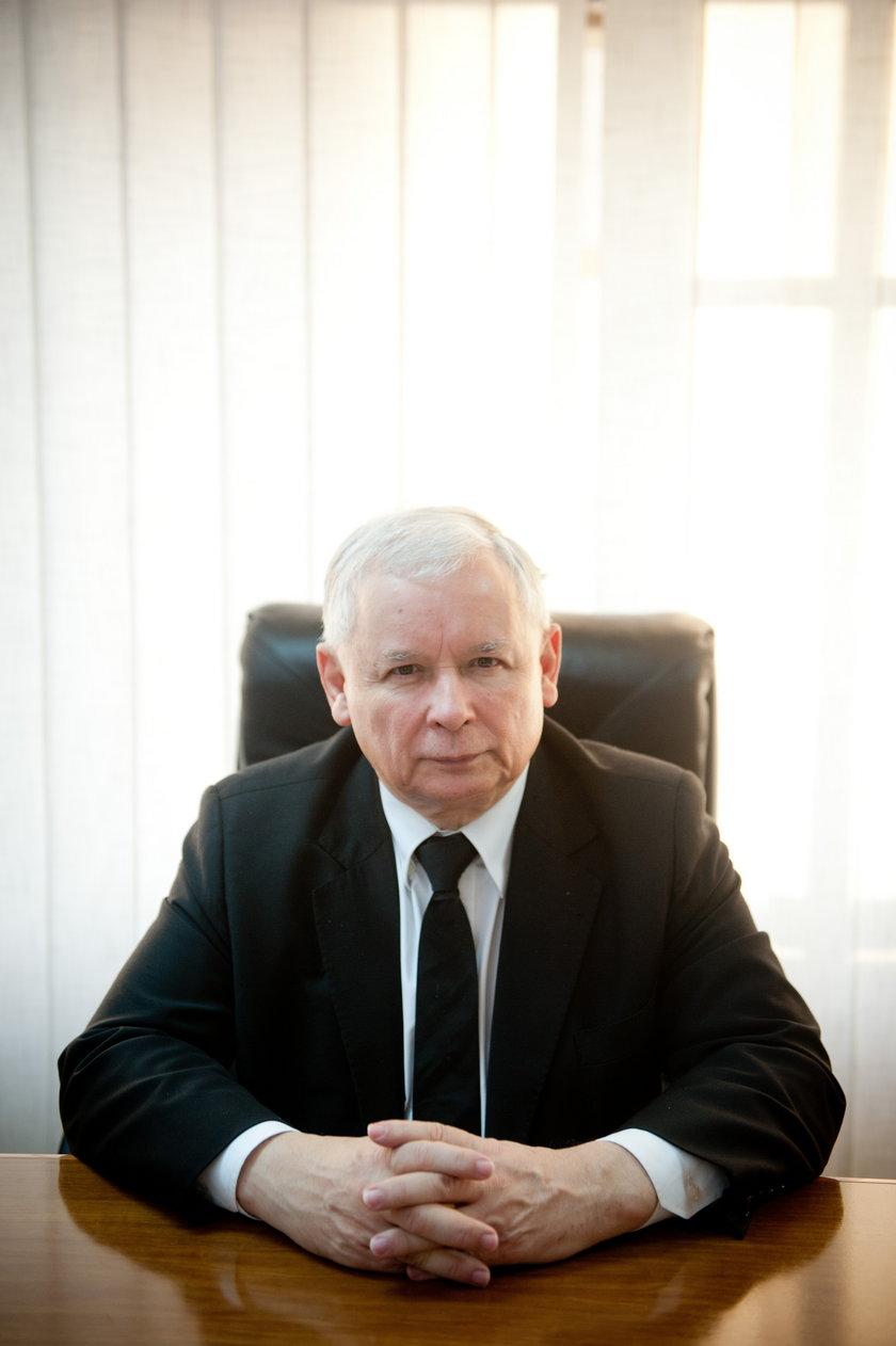 Prezes Jarosław Kaczyński abdykuje za rok