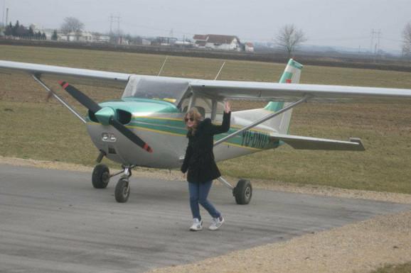 Sara Krneta (19) najmlađi je pilot u Srbiji