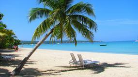 Jamajka - plaża Seven Mile Beach w Negril kurczy się o metr rocznie; za 30 lat może zniknąć