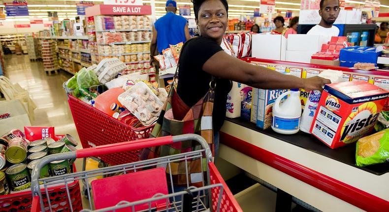 Woman shopping(choppiesgroup)