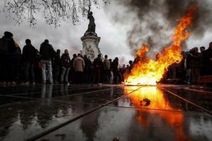 "Le Mer: Protest ""žutih prsluka"" - ekonomska katastrofa za Francusku"
