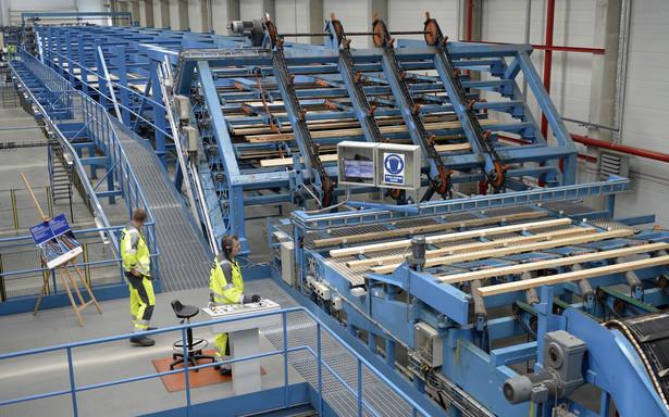 Zakład w Stalowej Woli będzie wytwarzał tarcicę do produkcji mebli w fabrykach IKEA w Polsce i na Słowacji. (dd/kru) PAP/Darek Delmanowicz
