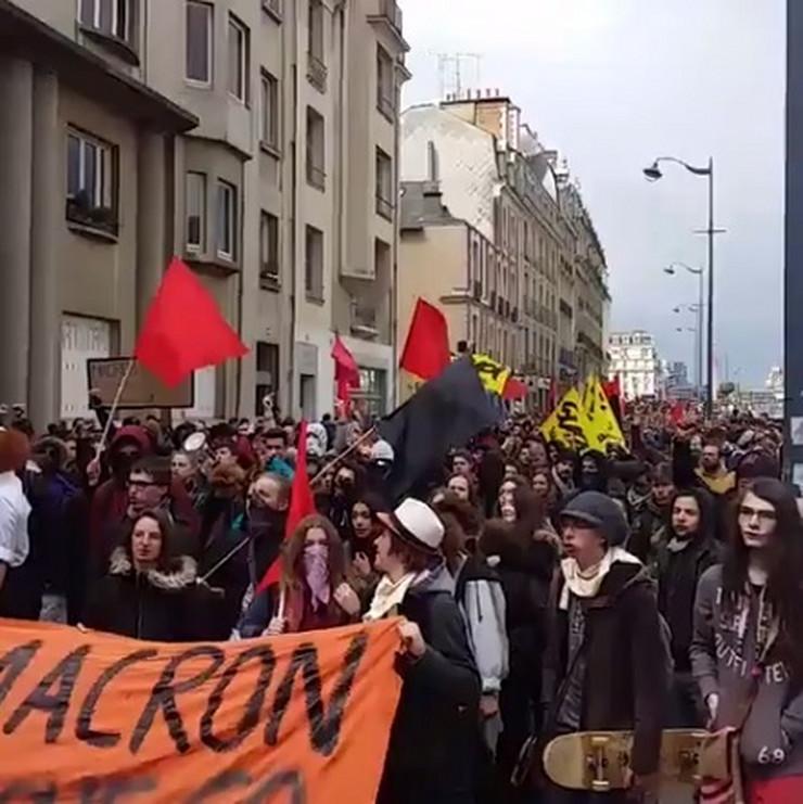 Francuska, Protesti