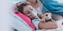 Brytyjski wariant koronawirusa zagraża dzieciom! Coraz więcej ma objawy i zespół pocovidowy