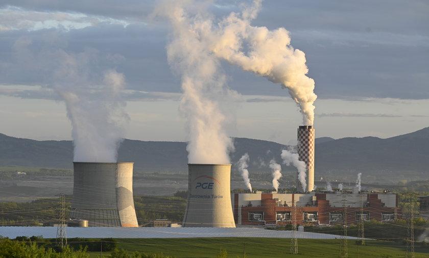 Na kopalnię Turów do TUSE poskarżyli się Czesi, ale spalanie węgla nie podoba się też części Polaków.