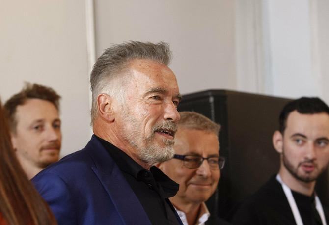 Arnold Švarceneger u prirodnom izdanju