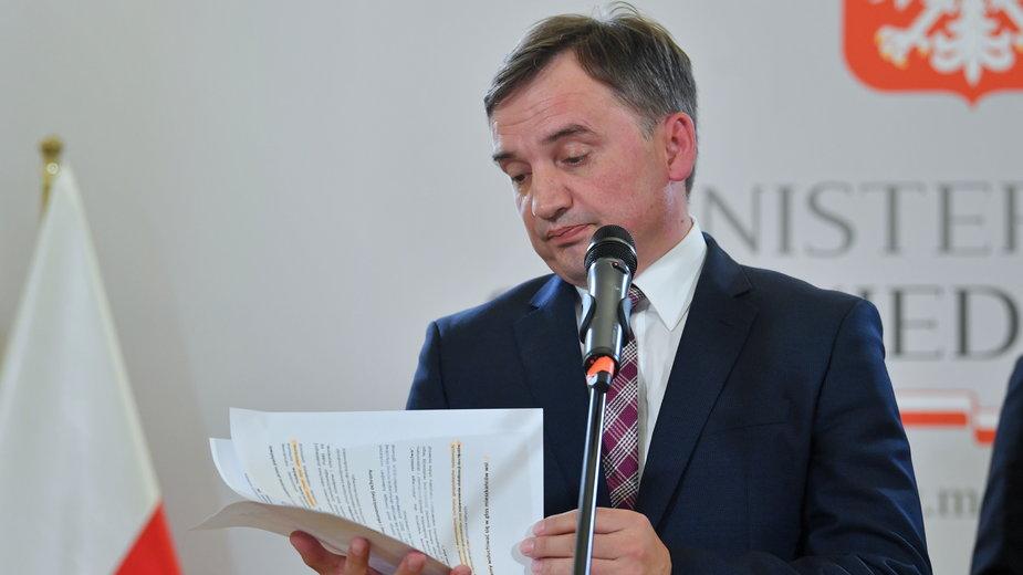 Ziobro podczas konferencji prasowej w Ministerstwie Sprawiedliwości. Warszawa, 21.09.2020 r.