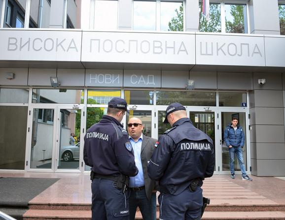 Patrik Drid daje iskaz policiji