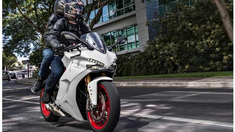 Wakacje z Ducati