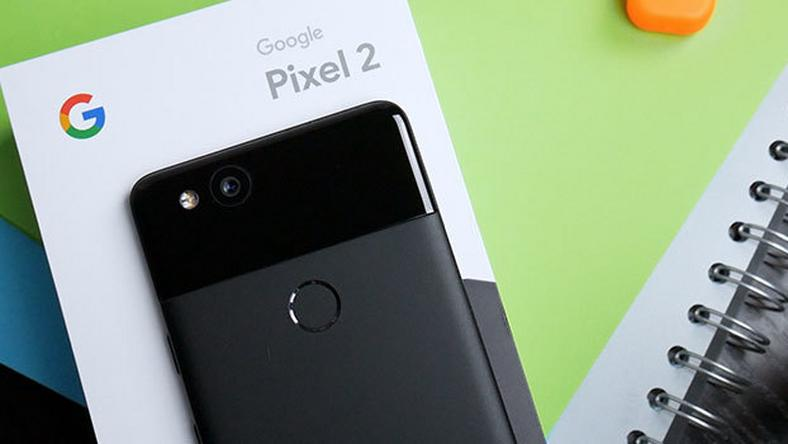 Google Pixel 2 to iPhone z Androidem?