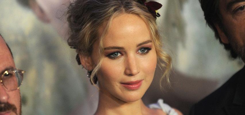 """Jennifer Lawrence jest w ciąży! Gwiazda filmów z serii """"Igrzyska śmierci"""" zostanie po raz pierwszy mamą"""