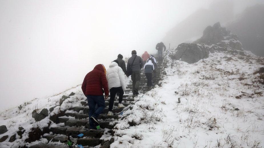 Tatry: na Kasprowym Wierchu spadł pierwszy w tym roku śnieg