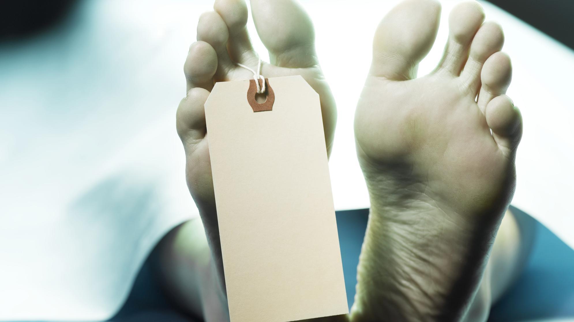umawianie się z kimś, kogo zmarła małżonka