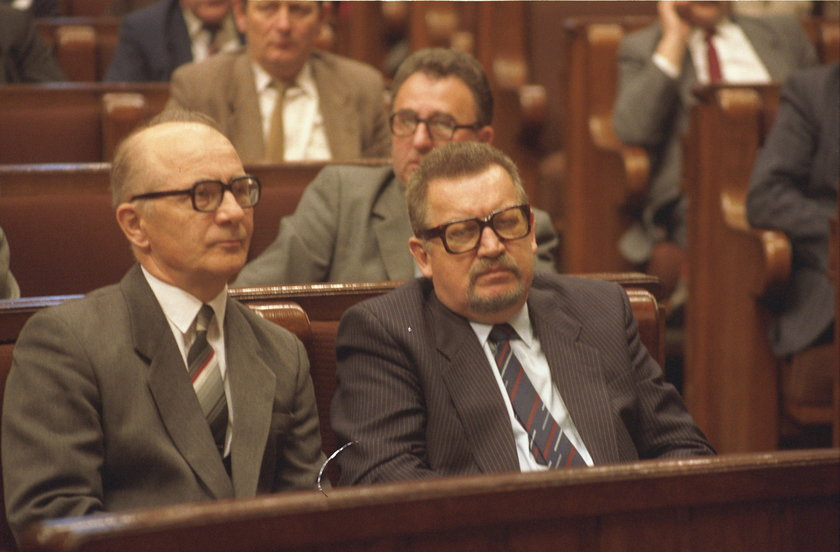 Kulisy Sejmu po 4 czerwca 1989 roku