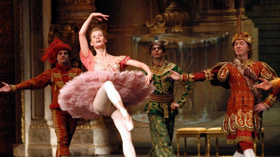 """Teatr Wielki - Opera Narodowa. Balet """"Śpiąca Królewna"""" P. Czajkowskiego w choreografii Jurija Grigorowicza"""