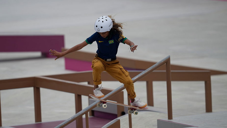 """Wicemistrzyni olimpijska w konkurencji street w skateboardingu Rayssa Leal używa pseudonimu """"Mała Wróżka"""""""