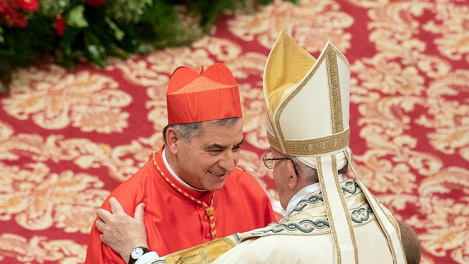 Papież Franciszek i kardynał Giovanni Angelo Becciu w 2018 roku