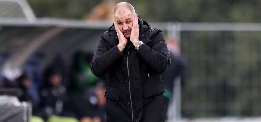 Tajfun zmiata trenerów