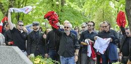 """Pogrzeb Ryszarda Adamusa. Gwiazdy żegnają """"króla dyskotek"""""""