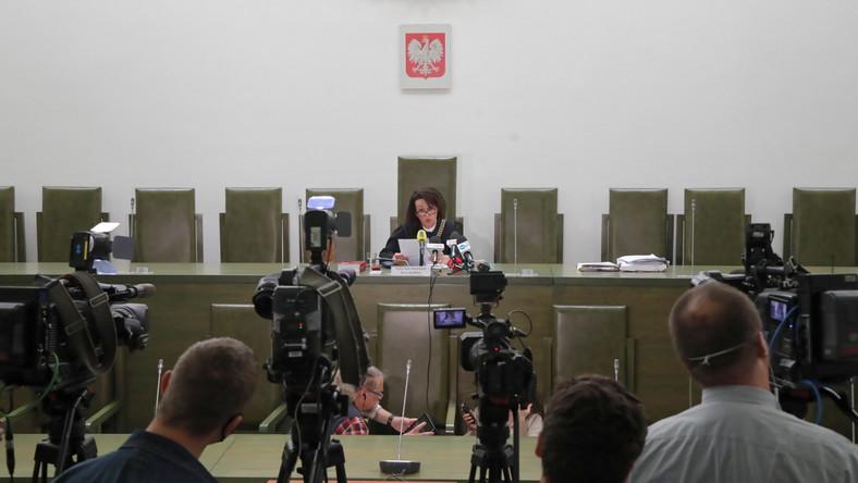Sędzia Dorota Radlińska na sali Sądu Apelacyjnego w Warszawie