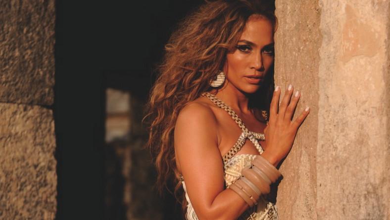 Jennifer Lopez rusza w świat