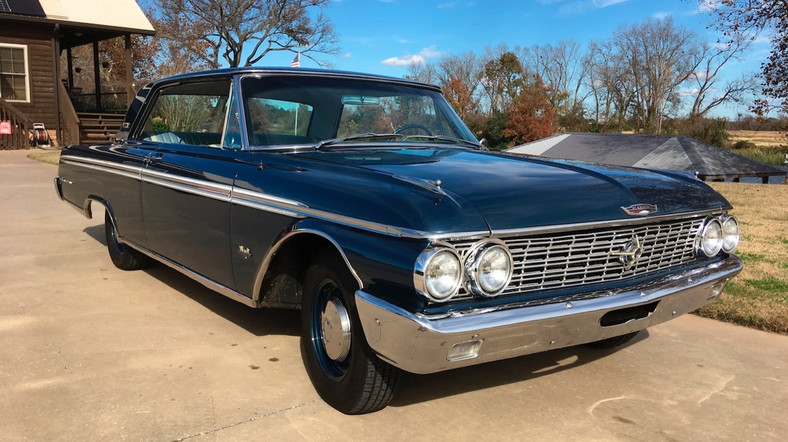 8. Ford Galaxie 406, 1962 rok