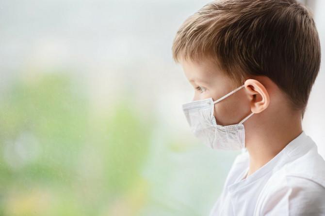 Migrena, umor, nesanica, samo su neki od dugotrajnih simtpoma kod dece
