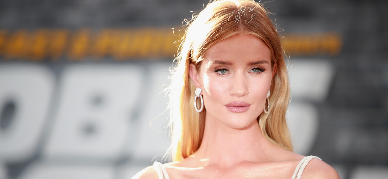 Rosie Huntington-Whiteley / Rich Fury /GettyImages