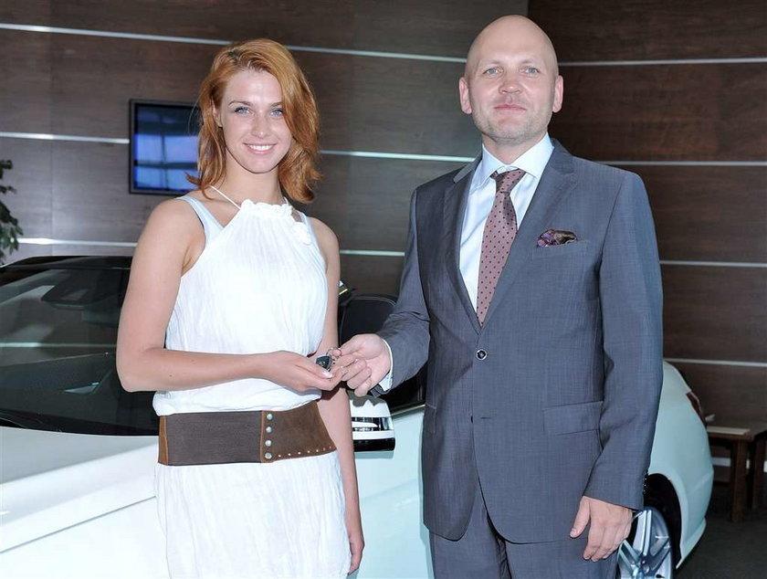 Brzydula odebrała brykę za 250 tys. zł! FOTO