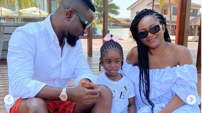 'My household use nkuto' – Sarkodie drops his family skincare routine (WATCH)