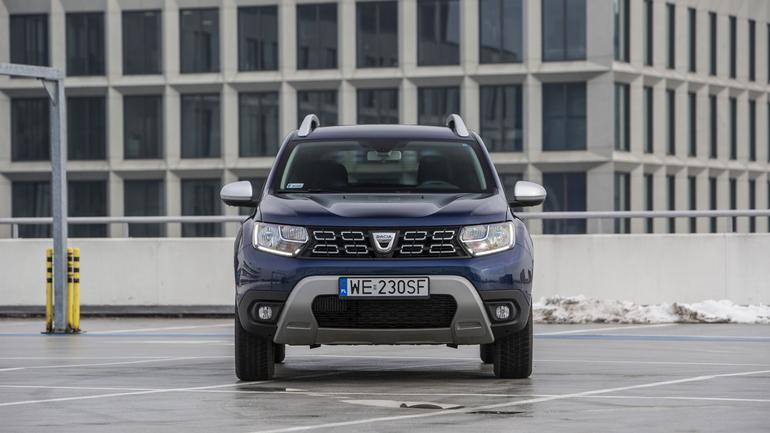 Dacia Duster kontra Mitsubishi ASX - który SUV za 80 000 zł będzie lepszym wyborem