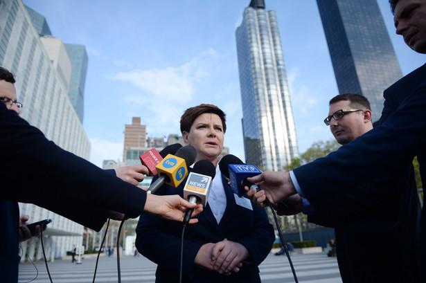 Premier Beata Szydło podczas spotkania z polskimi dziennikarzami w Nowym Jorku.
